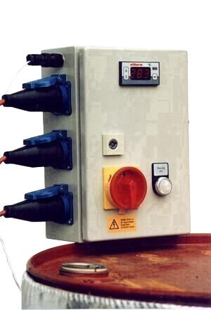 Manöverskåp för fatuppvärmare - 3 manschetter