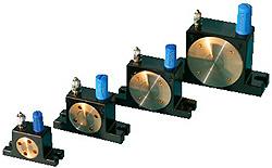Rollenvibratoren mit Druckluftantrieb - 348-767 kg schüttelbares Gewicht