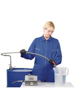Entnahmesystem für Lösemittel - mit Auslaufschlauch - flexible Anschlussmöglichkeiten - Eintauchtiefe 95 cm - für Fässer bis ca. 220 l - Förderleistung ca. 10 l/min.