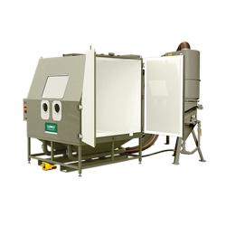Industrie-Druckstrahlkabine BNP 721 - Innenraum 1780 x 1660 x 1780 mm - mit Zyklonabscheider und Filteranlage