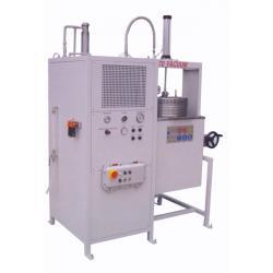 Løsemiddel destillasjon enhet K70Ex - Ytelse 12-15 l/t - inkludert vakuum system