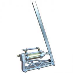 Pompa a pistone manuale GPL Gas Binda - attacco 12 mm - max. 18 l / min - max. 10 bar - 10 kg - bronzo / alluminio
