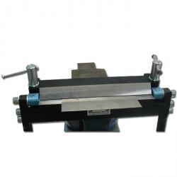 Tisch Abkantbank mit Winkelanschlag - 250-500 mm Arbeitsbreite