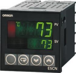 Digitaler Regler mit Temperatur- oder Analog-Istwerteingängen 48 x 48 mm